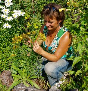 Naturheilpraxis: Tirza Kirchner kennt sich mit den Mitteln aus der Natur gut aus.